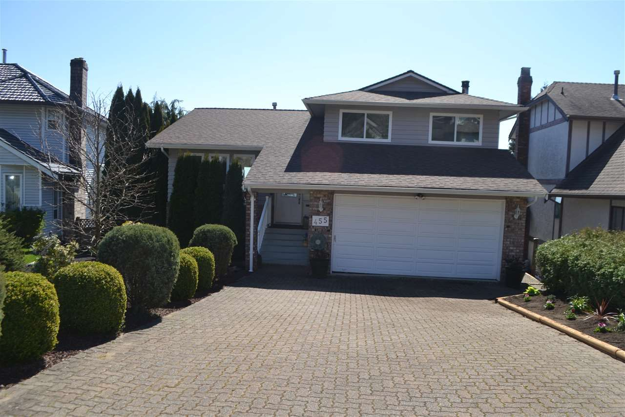 Photo 2: Photos: 455 CARIBOO Crescent in Coquitlam: Coquitlam East House for sale : MLS®# R2566684