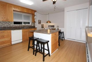 """Photo 4: 10144 WEDGEWOOD Drive in Chilliwack: Fairfield Island House for sale in """"Fairfield"""" : MLS®# R2520603"""
