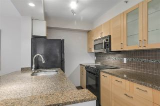 """Photo 9: 401 1405 W 12TH Avenue in Vancouver: Fairview VW Condo for sale in """"The Warrenton"""" (Vancouver West)  : MLS®# R2236549"""