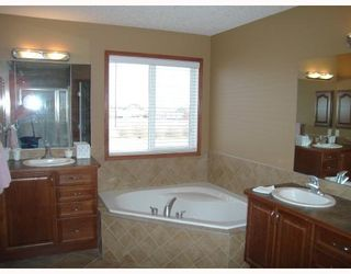 Photo 9: : Chestermere Residential Detached Single Family for sale : MLS®# C3302602