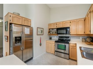 """Photo 9: 98 9012 WALNUT GROVE Drive in Langley: Walnut Grove Townhouse for sale in """"Queen Anne Green"""" : MLS®# R2456444"""