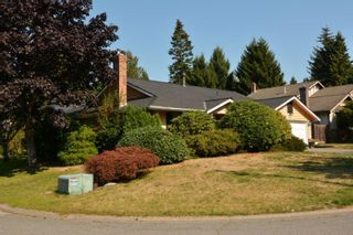 """Photo 4: 12743 21A Avenue in Surrey: Crescent Bch Ocean Pk. House for sale in """"Ocean Park"""" (South Surrey White Rock)  : MLS®# F1422569"""