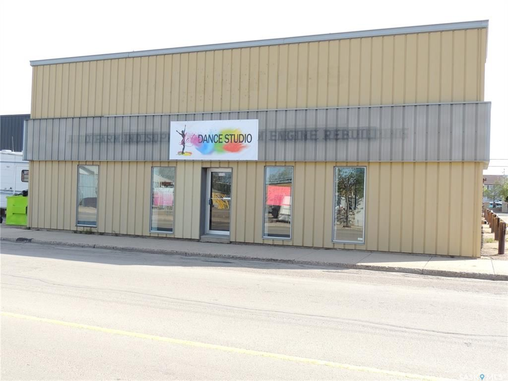 Main Photo: 1112 5th Street in Estevan: Commercial for sale : MLS®# SK845749