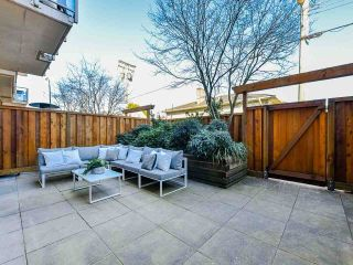 """Photo 2: 103 702 E KING EDWARD Avenue in Vancouver: Fraser VE Condo for sale in """"Magnolia"""" (Vancouver East)  : MLS®# R2446677"""