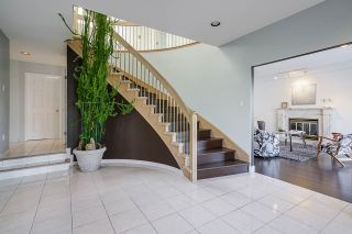 Photo 6: 368 HYTHE Avenue in Burnaby: Capitol Hill BN House for sale (Burnaby North)  : MLS®# R2566574