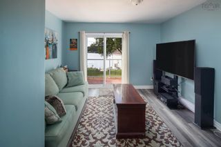 Photo 5: 7496 St. Margaret's Bay Road in Boutiliers Point: 40-Timberlea, Prospect, St. Margaret`S Bay Residential for sale (Halifax-Dartmouth)  : MLS®# 202125751