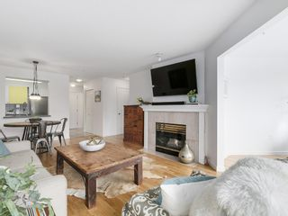 Photo 8: 211 2105 West 42nd Ave in The Brownstone: Home for sale