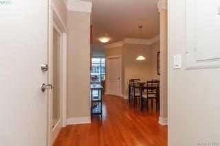 Photo 3: 702 845 Yates St in VICTORIA: Vi Downtown Condo for sale (Victoria)  : MLS®# 827309