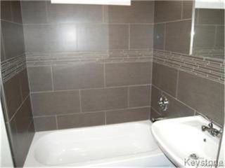 Photo 7: 404 Manitoba Avenue in WINNIPEG: North End Residential for sale (North West Winnipeg)  : MLS®# 1427269