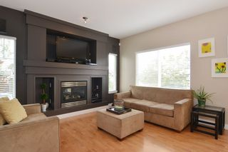 Photo 8: 5944 165TH Street in Surrey: Cloverdale BC House for sale (Cloverdale)  : MLS®# R2101439
