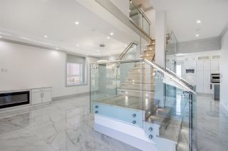 Photo 1: 5276 MCKEE Street in Burnaby: South Slope House for sale (Burnaby South)  : MLS®# R2415596