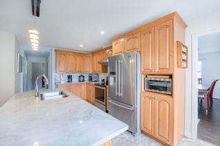 Photo 13: 23027 CLIFF Avenue in Maple Ridge: East Central House for sale : MLS®# R2619476