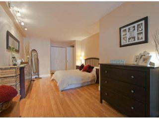 "Photo 12: 304 1381 MARTIN Street: White Rock Condo for sale in ""Chestnut Village"" (South Surrey White Rock)  : MLS®# F1410239"