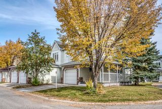 Photo 2: 192 Inglewood Cove SE in Calgary: Inglewood Row/Townhouse for sale : MLS®# A1039017