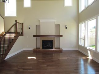 Photo 3: 2337 CHARDONNAY LANE in ABBOTSFORD: House for rent