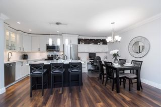 Photo 7: 308 1319 MARTIN STREET in South Surrey White Rock: White Rock Home for sale ()  : MLS®# R2473599