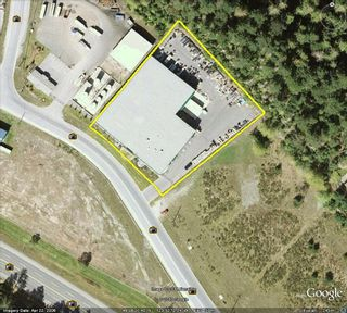 Photo 2: Superb Vancouver Island Distribution Center opportunity