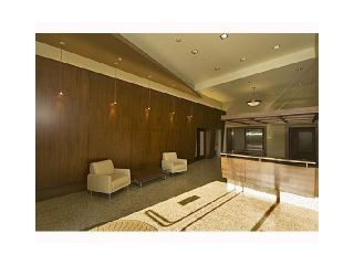 """Photo 19: PH2 683 W VICTORIA Park in North Vancouver: Lower Lonsdale Condo for sale in """"MIRA ON THE PARK"""" : MLS®# R2581908"""