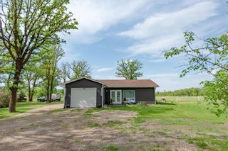 Photo 1: 126 Purple Bank Road in Gardenton: R17 Residential for sale : MLS®# 202110784