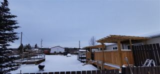"""Photo 3: 12809 MEADOW HEIGHTS Road in Fort St. John: Fort St. John - Rural W 100th Manufactured Home for sale in """"MEADOW HEIGHTS/FISH CREEK"""" (Fort St. John (Zone 60))  : MLS®# R2545158"""