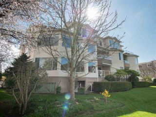 Photo 2: 204 1327 BEST STREET: White Rock Condo for sale (South Surrey White Rock)  : MLS®# R2290603