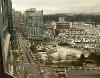 """Photo 1: 1701 1228 W HASTINGS Street in Vancouver: Coal Harbour Condo for sale in """"PALLADIO"""" (Vancouver West)  : MLS®# V688542"""