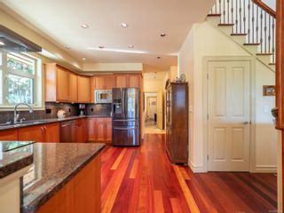 Photo 6: 9912 Spalding Rd in : GI Pender Island House for sale (Gulf Islands)  : MLS®# 887396