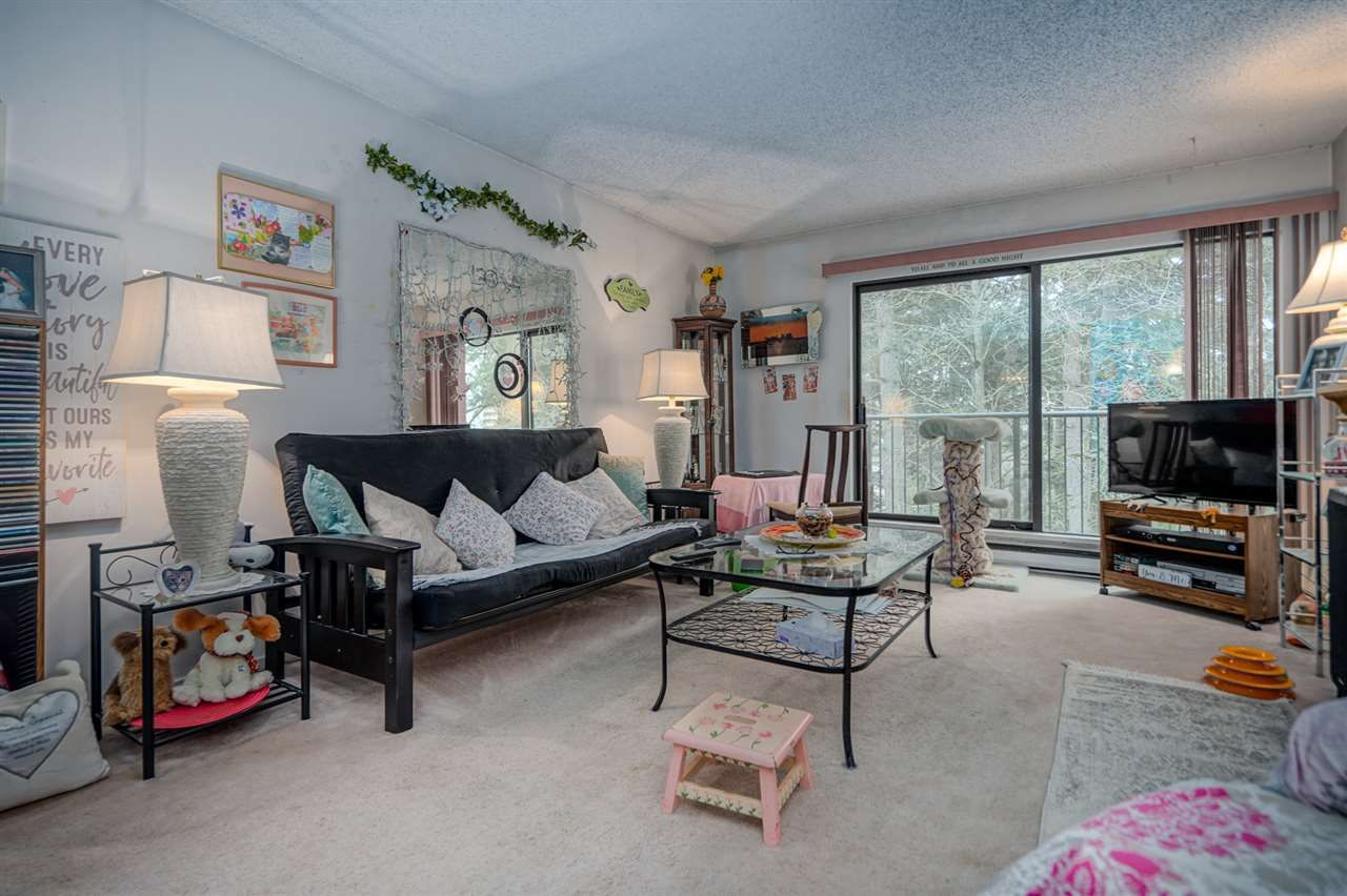 """Main Photo: 319 6931 COONEY Road in Richmond: Brighouse Condo for sale in """"DOLPHIN PLACE"""" : MLS®# R2439531"""