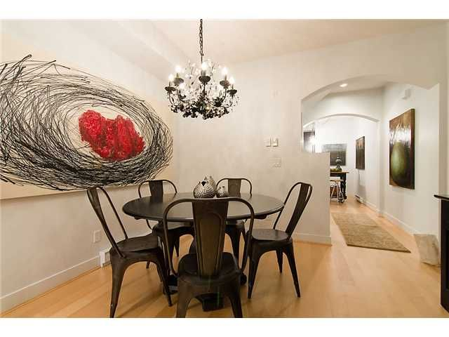 """Photo 4: Photos: 2618 QUEBEC Street in Vancouver: Mount Pleasant VE Townhouse for sale in """"MAISON"""" (Vancouver East)  : MLS®# V978938"""