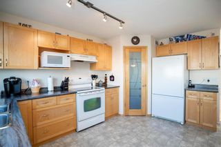 Photo 6: 135 William Gibson Bay in Winnipeg: Canterbury Park Residential for sale (3M)  : MLS®# 202010701