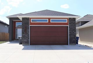 Photo 1: 610 Glacial Shores Way in Saskatoon: Evergreen Residential for sale : MLS®# SK863329