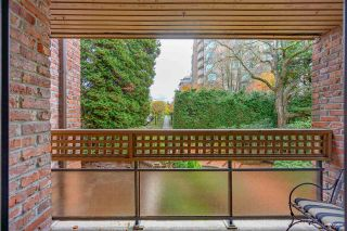 """Photo 16: 309 2320 W 40TH Avenue in Vancouver: Kerrisdale Condo for sale in """"Manor Gardens"""" (Vancouver West)  : MLS®# R2519001"""