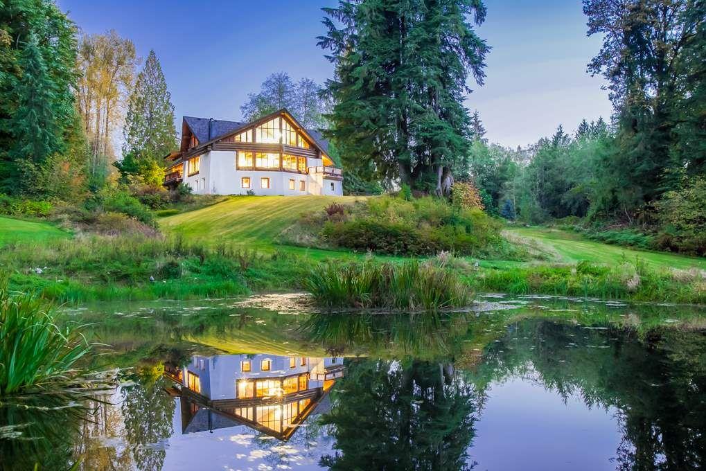 Main Photo: 25931 DEWDNEY TRUNK Road in Maple Ridge: Websters Corners House for sale : MLS®# R2593594