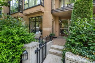 """Photo 14: 104 2175 SALAL Drive in Vancouver: Kitsilano Condo for sale in """"Sovana"""" (Vancouver West)  : MLS®# R2604772"""