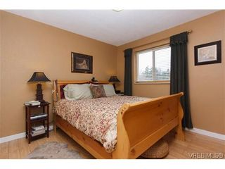 Photo 13: 12 Amber Pl in VICTORIA: VR Glentana House for sale (View Royal)  : MLS®# 635266