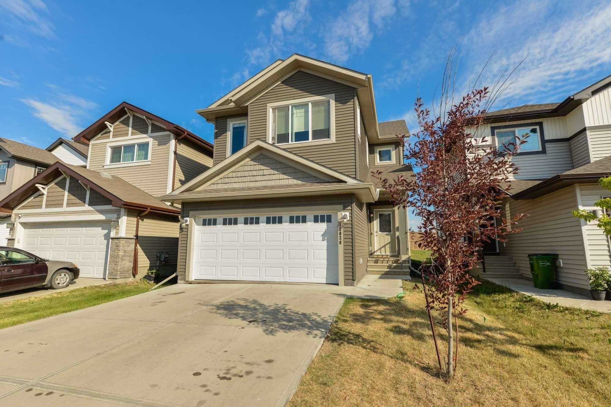 Main Photo: 12028 177 Avenue in Edmonton: Zone 27 House for sale : MLS®# E4254246