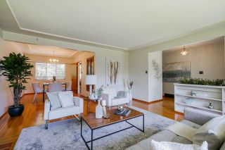 Photo 5: 4463 CEDARWOOD Court in Burnaby: Garden Village House for sale (Burnaby South)  : MLS®# R2583714