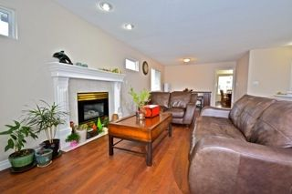 Photo 2: 12390 221 Street in Maple Ridge: West Central House for sale : MLS®# R2047972