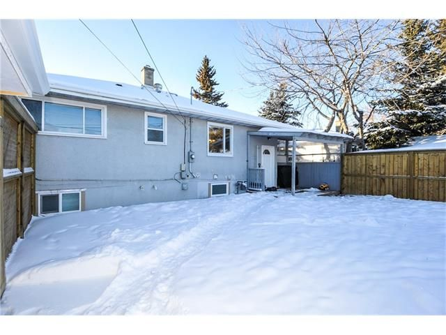 Photo 17: Photos: 1912 GLENWOOD Drive SW in Calgary: Glendale House for sale : MLS®# C4093243