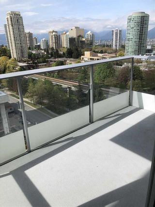 """Photo 9: 1208 6333 SILVER Avenue in Burnaby: Metrotown Condo for sale in """"SILVER"""" (Burnaby South)  : MLS®# R2381311"""