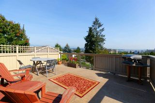 """Photo 16: 355 SHERBROOKE Street in New Westminster: Sapperton House for sale in """"Sapperton"""" : MLS®# R2332105"""
