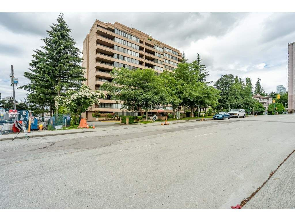 """Main Photo: 504 460 WESTVIEW Street in Coquitlam: Coquitlam West Condo for sale in """"PACIFIC HOUSE"""" : MLS®# R2467307"""