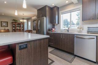 Photo 14: 107 912 Jenkins Ave in Langford: La Glen Lake Row/Townhouse for sale : MLS®# 884892