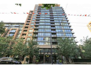 """Photo 2: 701 1088 RICHARDS Street in Vancouver: Yaletown Condo for sale in """"RICHARDS LIVING"""" (Vancouver West)  : MLS®# V1139508"""