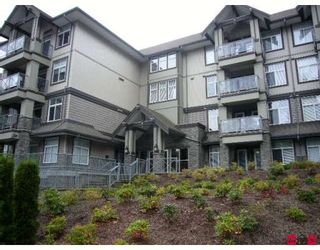 "Photo 1: #309 33318 BOURQUIN CR E in ABBOTSFORD: Central Abbotsford Condo for rent in ""NATURES GATE"" (Abbotsford)"