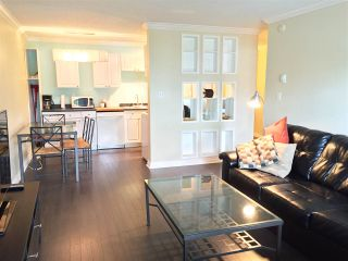 "Photo 3: 221 2033 TRIUMPH Street in Vancouver: Hastings Condo for sale in ""MACKENZIE HOUSE"" (Vancouver East)  : MLS®# R2093555"