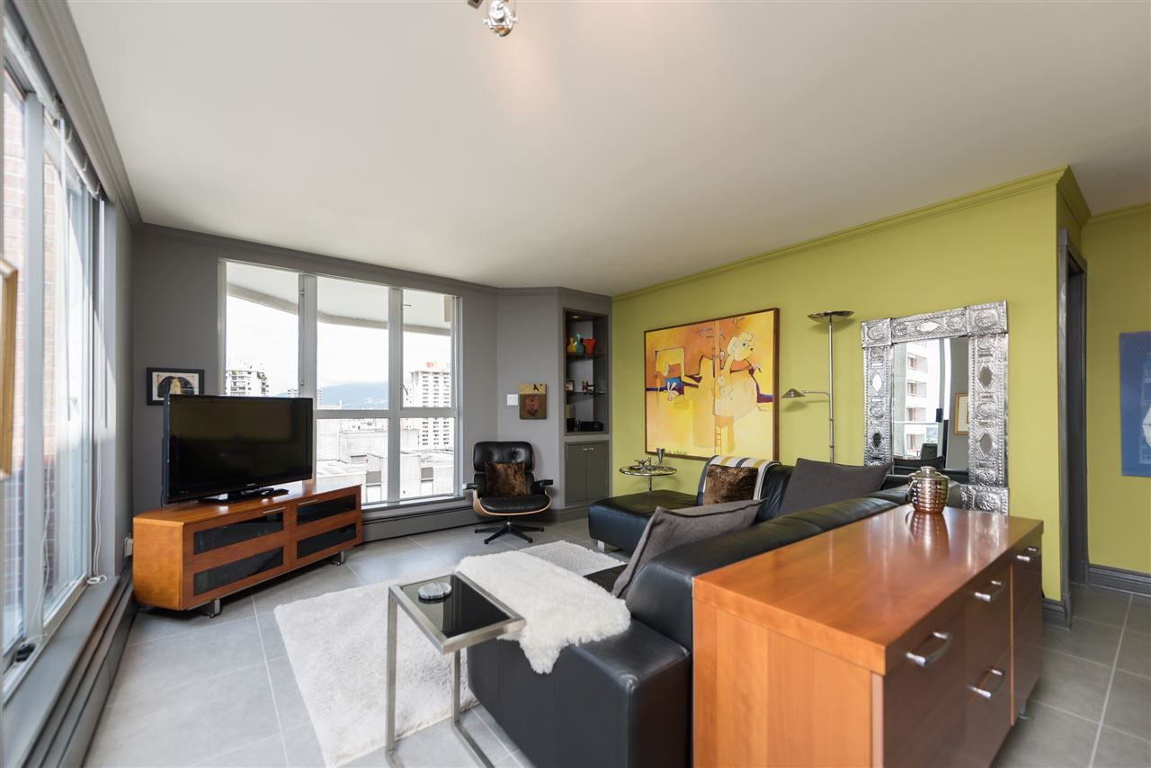 Main Photo: 1802 1010 BURNABY STREET in : West End VW Condo for sale (Vancouver West)  : MLS®# R2064241
