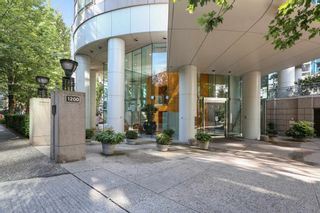 """Photo 24: 2301 1200 ALBERNI Street in Vancouver: West End VW Condo for sale in """"PALISADES"""" (Vancouver West)  : MLS®# R2605093"""