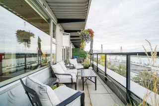 "Main Photo: 507 549 COLUMBIA Street in New Westminster: Downtown NW Condo for sale in ""C2C"" : MLS®# R2561438"