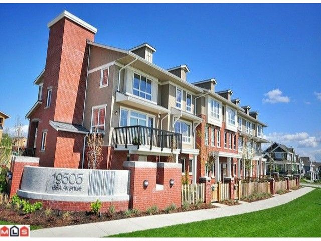 """Main Photo: 134 19505 68A Avenue in Surrey: Clayton Townhouse for sale in """"Clayton Rise"""" (Cloverdale)  : MLS®# F1014425"""